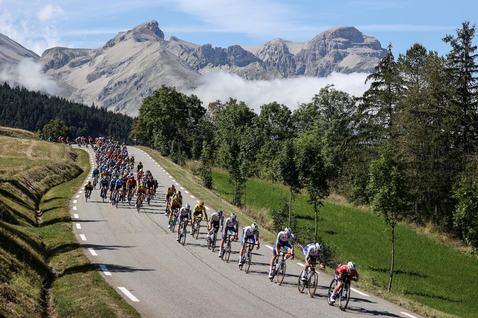 Bike tours :les cols mythiques des Pyrénées pour les vélos de route